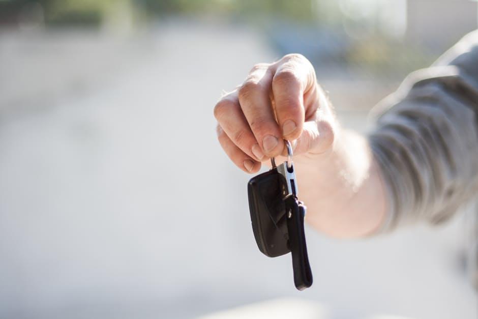 Tłumaczenia dokumentów samochodowych język czeski
